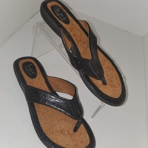 B.o.c born on concept womens sz 10 leather sandal